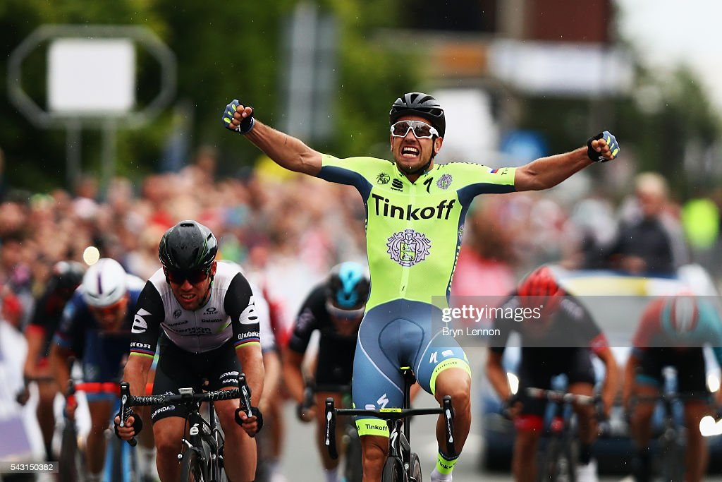 <a gi-track='captionPersonalityLinkClicked' href=/galleries/search?phrase=Adam+Blythe&family=editorial&specificpeople=7227563 ng-click='$event.stopPropagation()'>Adam Blythe</a> of Great Britain and Tinkoff celebrates winning the Elite Men's 2016 National Road Championships on June 26, 2016 in Stockton-on-Tees, England.