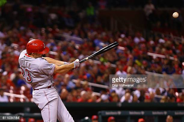 Adam Duvall of the Cincinnati Reds hits a two run single against the Cincinnati Reds in the third inning at Busch Stadium on September 28 2016 in St...