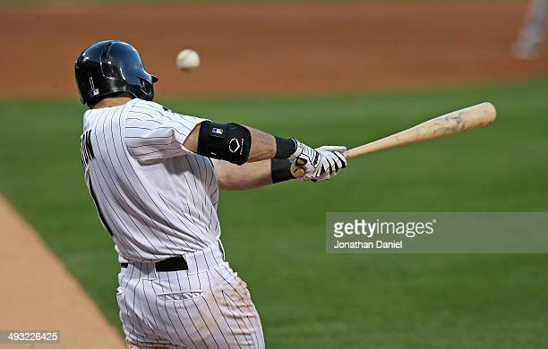 Adam Eaton of the Chicago White Sox hits a runscoring single in the 2nd inning against the New York Yankees at US Cellular Field on May 22 2014 in...