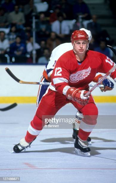 Adam Graves of the Detroit Red Wings skates on the ice during an NHL game against the New York Islanders on February 21 1989 at the Nassau Coliseum...