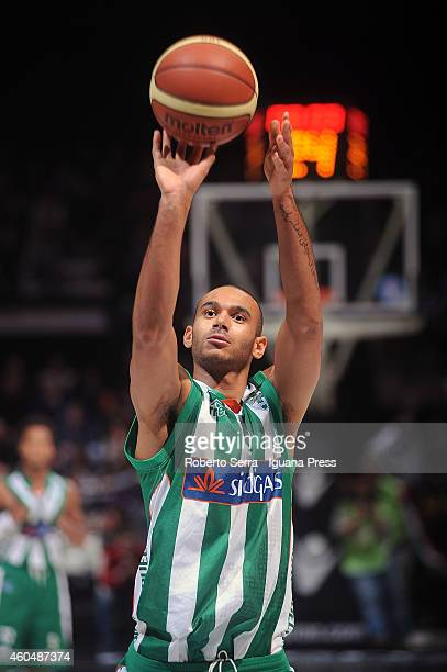 Adam Hanga of Sidigas in action during the LegaBasket serie A1 match between Virtus Granarolo Bologna and Sidigas Avellino at Unipol Arena on...
