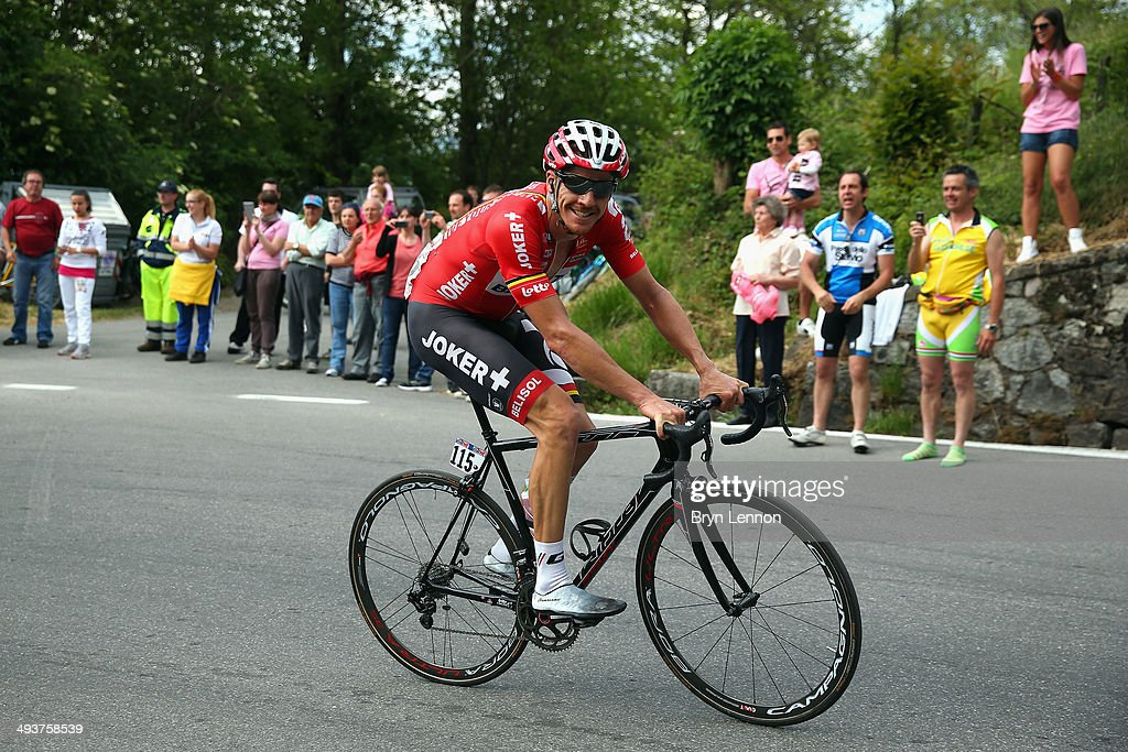 <a gi-track='captionPersonalityLinkClicked' href=/galleries/search?phrase=Adam+Hansen&family=editorial&specificpeople=4105944 ng-click='$event.stopPropagation()'>Adam Hansen</a> of Australia and Lotto-Belisol in action during the fifteenth stage of the 2014 Giro d'Italia, a 225km high mountain stage between Valdengo and Plan di Montecampione on May 25, 2014 in Montecampione, Italy.