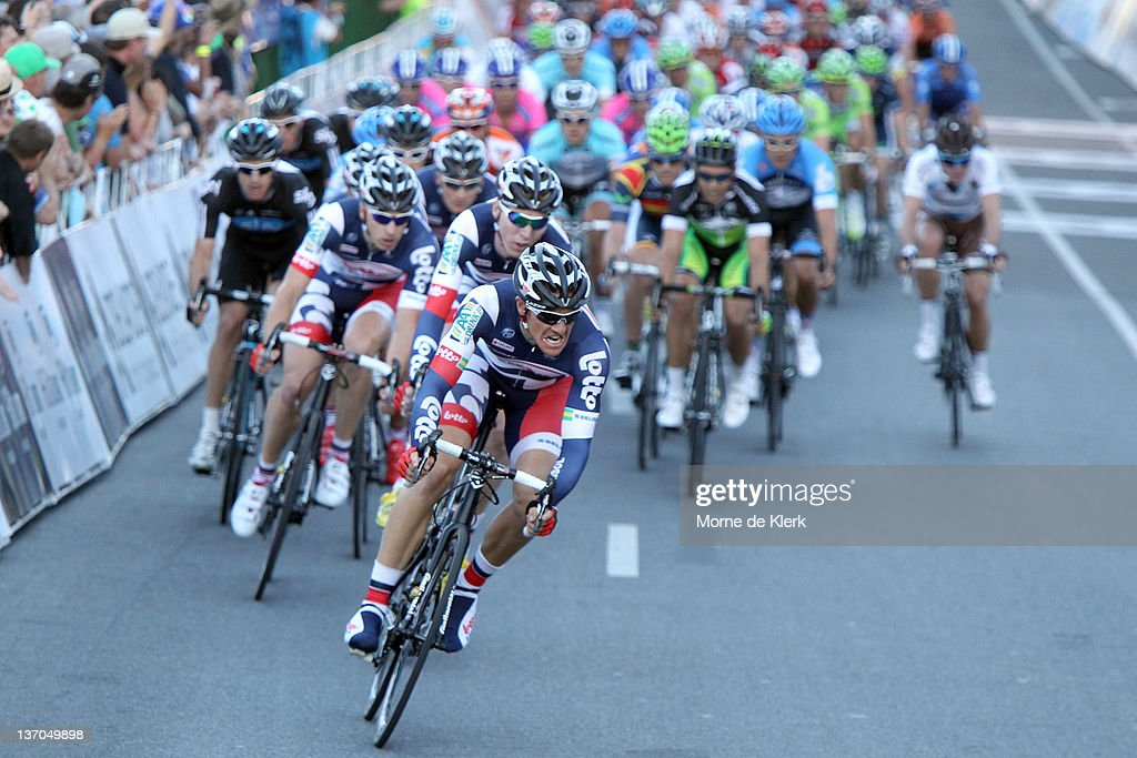 <a gi-track='captionPersonalityLinkClicked' href=/galleries/search?phrase=Adam+Hansen&family=editorial&specificpeople=4105944 ng-click='$event.stopPropagation()'>Adam Hansen</a> of Australia and Team Lotto - Belisol leads the peloton with one lap to go during the 2012 Tour Down Under Classic on January 15, 2012 in Adelaide, Australia.