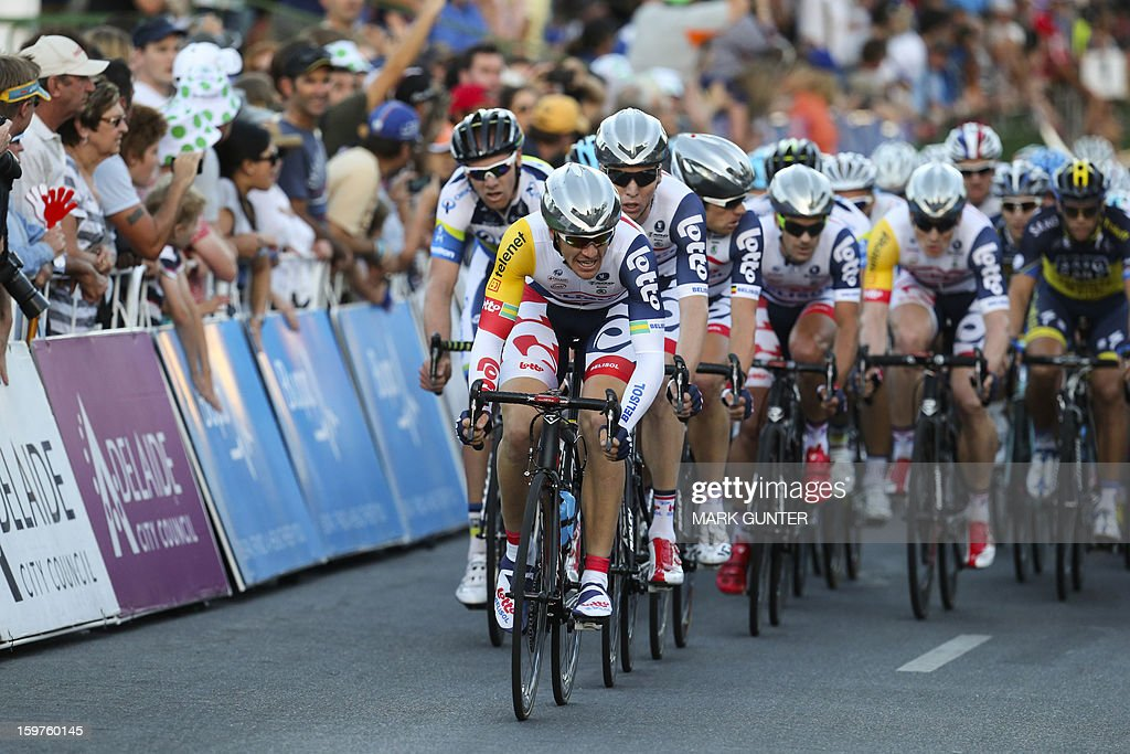 Adam Hansen (C) of the Australian cycling team GreenEdge leads a group during the 51km People's Choice Classic prior to the Tour Down Under in Adelaide on January 20, 2013. The six-stage Tour Down Under takes place from January 20 to 27. AFP PHOTO / Mark Gunter USE