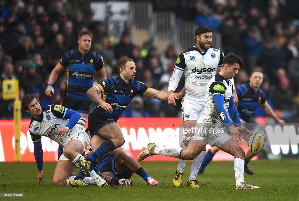 Adam Hastings of Bath Rugby in action during the Aviva Premiership match between Worcester Warriors and Bath Rugby at Sixways Stadium on February 13, 2016 in Worcester, England. (Photo by Tom Dulat/Getty Images).