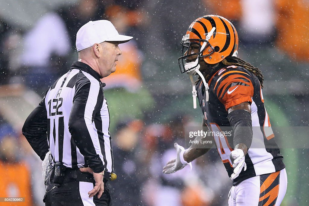 Adam Jones #24 of the Cincinnati Bengals argues a call with referee John Parry #132 in the fourth quarter against the Pittsburgh Steelers during the AFC Wild Card Playoff game at Paul Brown Stadium on January 9, 2016 in Cincinnati, Ohio.