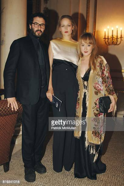 Adam Kimmel Leelee Sobieski and Luisa Conlon attend Glimmerglass Opera Spring Gala to Benefit the Young American Artists Program at The Metropolitan...
