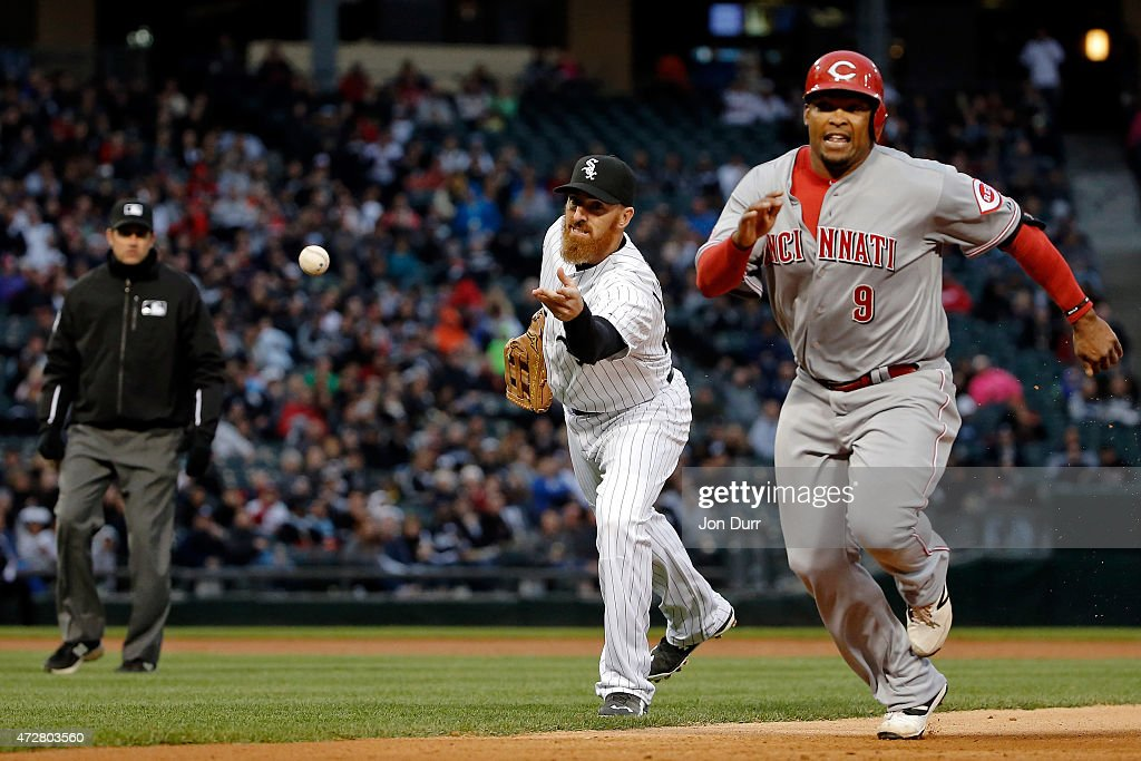 Adam LaRoche #25 of the Chicago White Sox throws the ball to Emilio Bonifacio #64 (not pictured) to force out <a gi-track='captionPersonalityLinkClicked' href=/galleries/search?phrase=Marlon+Byrd&family=editorial&specificpeople=217377 ng-click='$event.stopPropagation()'>Marlon Byrd</a> #9 of the Cincinnati Reds during the first inning in the second game of a doubleheader on May 9, 2015 at U.S. Cellular Field in Chicago, Illinois.