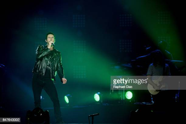 Adam Levine and James Valentine from Maroon 5 perfotm at day 1 of Rock in Rio on September 15 2017 in Rio de Janeiro Brazil *** Adam Levine James...
