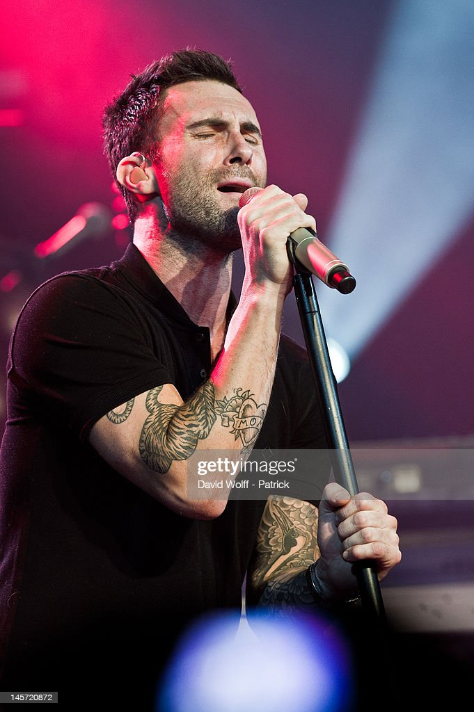 <a gi-track='captionPersonalityLinkClicked' href=/galleries/search?phrase=Adam+Levine+-+Singer&family=editorial&specificpeople=202962 ng-click='$event.stopPropagation()'>Adam Levine</a> from Maroon 5 performs during private concert at L'Alhambra on June 4, 2012 in Paris, France.