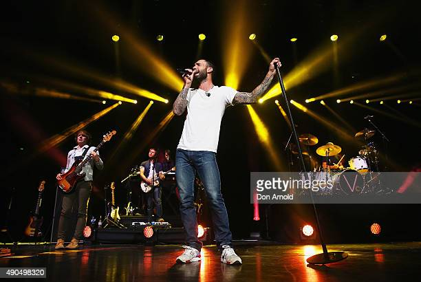 Adam Levine of Maroon 5 performs at Allphones Arena on September 29 2015 in Sydney Australia