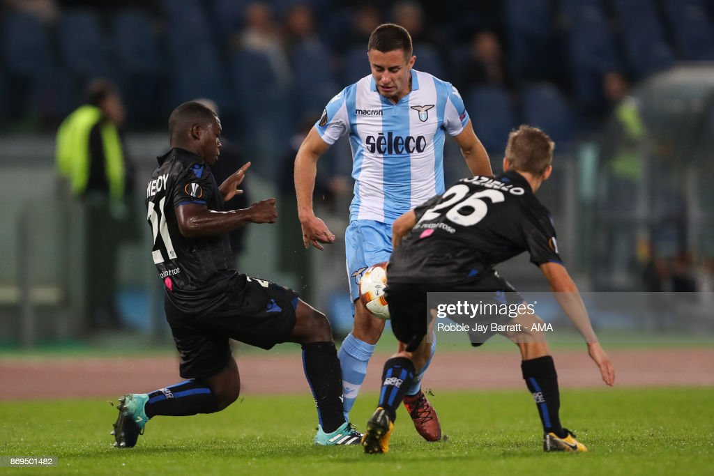 Adam Marusic of Lazio and Nampalys Mendy of Nice during the UEFA Europa League group K match between Lazio Roma and OGC Nice at Stadio Olimpico on November 2, 2017 in Rome, Italy.