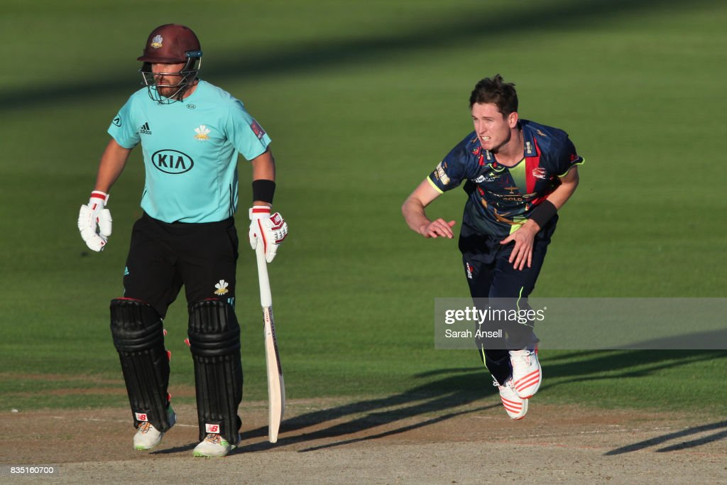 Adam Milne of Kent Spitfires bowls as Aaron Finch of Surrey backs up during the NatWest T20 Blast South Group match between Kent Spitfires and Surrey at The Spitfire Ground on August 18, 2017 in Canterbury, England. (Photo by Sarah Ansell/Getty Images).