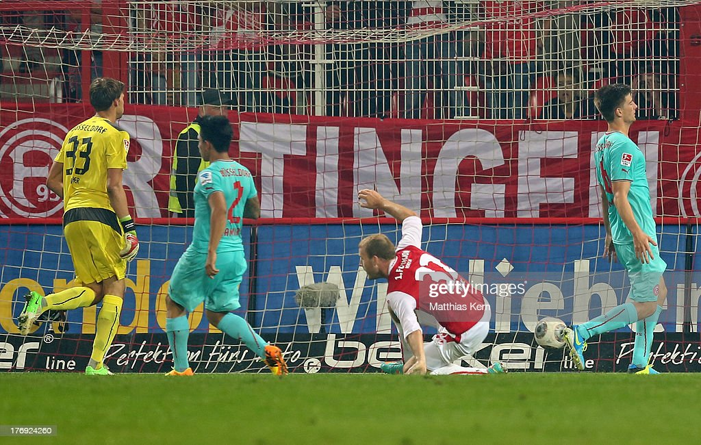 Adam Nemec (C) of Berlin scores the first goal during the Second Bundesliga match between 1.FC Union Berlin and Fortuna Duesseldorf at Stadion an der Alten Foersterei on August 19, 2013 in Berlin, Germany.
