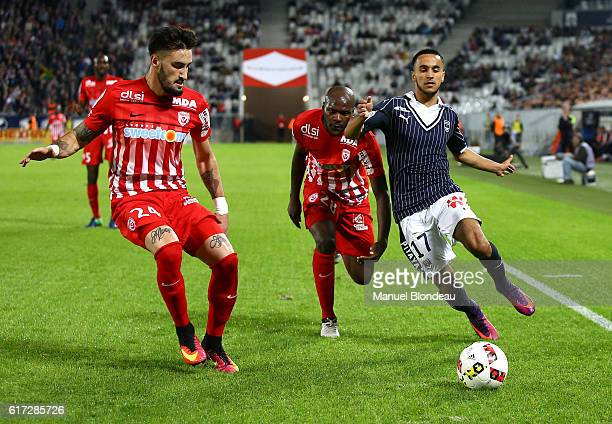 Adam Ounas of Bordeaux and Erick Cabaco of Nancy during the Ligue 1 match between Bordeaux and Nancy at Nouveau Stade de Bordeaux on October 22 2016...