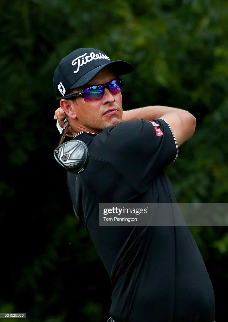 <a gi-track='captionPersonalityLinkClicked' href=/galleries/search?phrase=Adam+Scott+-+Golfer&family=editorial&specificpeople=202039 ng-click='$event.stopPropagation()'>Adam Scott</a> of Australia plays his shot from the sixth tee during the First Round of the DEAN & DELUCA Invitational at Colonial Country Club on May 26, 2016 in Fort Worth, Texas.