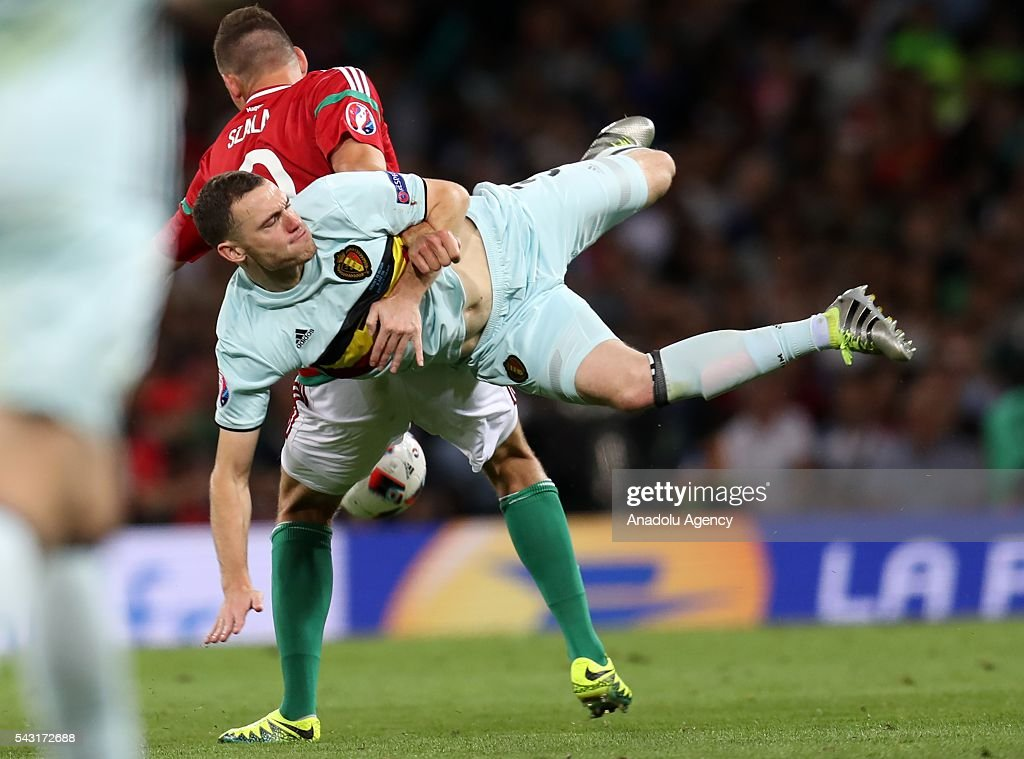 Adam Szalai (9) of Hungary in action against Thomas Vermaelen (front) of Belgium during the UEFA Euro 2016 round of 16 football match between Hungary and Belgium at Stadium Municipal in Toulouse, France on June 26, 2016.