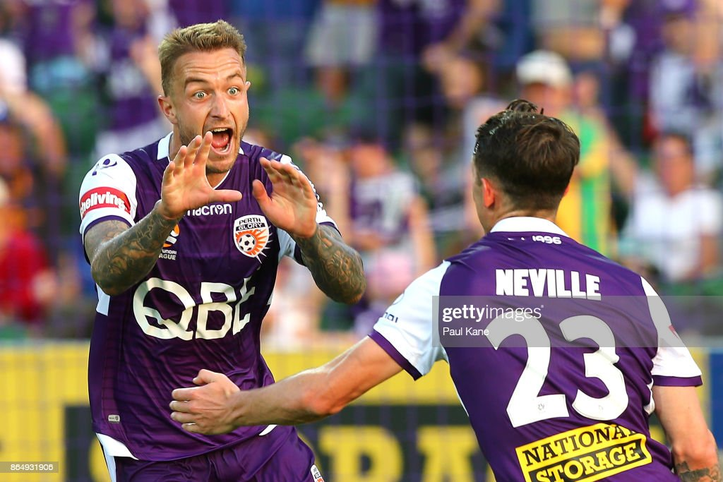 A-League Rd 3 - Perth v Central Coast