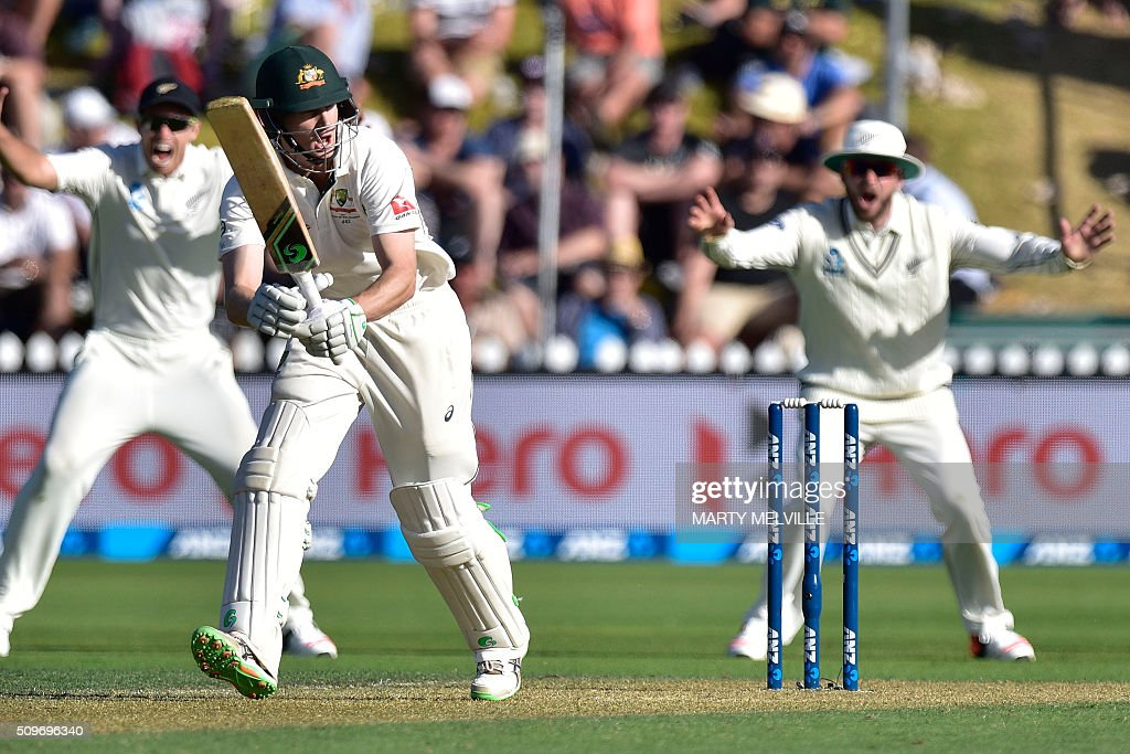 Adam Voges (C) of Australia plays a shot during the first cricket Test match between New Zealand and Australia at the Basin Reserve in Wellington on February 12, 2016. AFP PHOTO / MARTY MELVILLE / AFP / Marty Melville