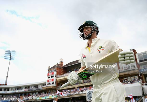 Adam Voges of Australia walks out to bat during day two of the 5th Investec Ashes Test match between England and Australia at The Kia Oval on August...