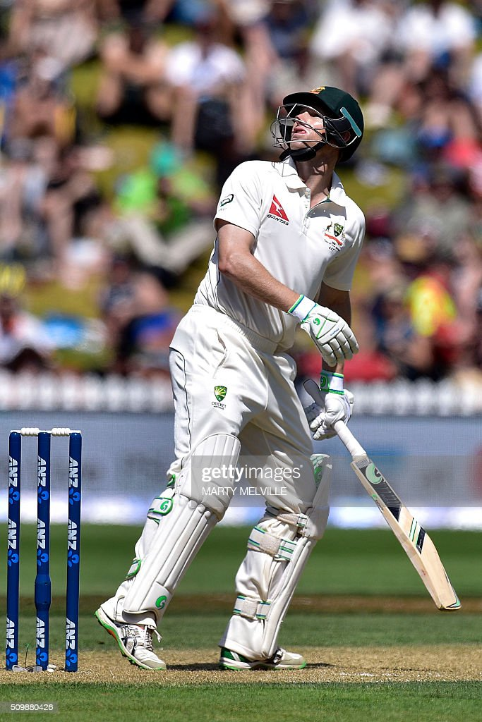 Adam Voges of Australia watches the ball after playing a shot up high during day two of the first cricket Test match between New Zealand and Australia at the Basin Reserve in Wellington on February 13, 2016. AFP PHOTO / MARTY MELVILLE / AFP / Marty Melville