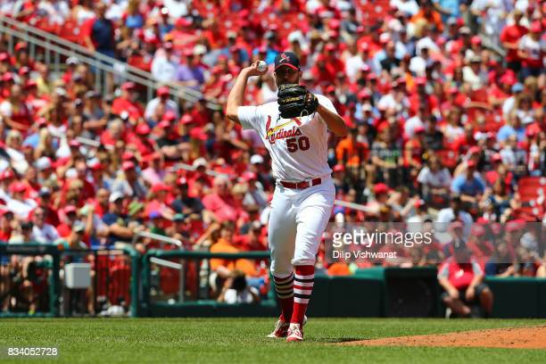 Adam Wainwright of the St Louis Cardinals throws against the San Francisco Giants at Busch Stadium on May 21 2017 in St Louis Missouri