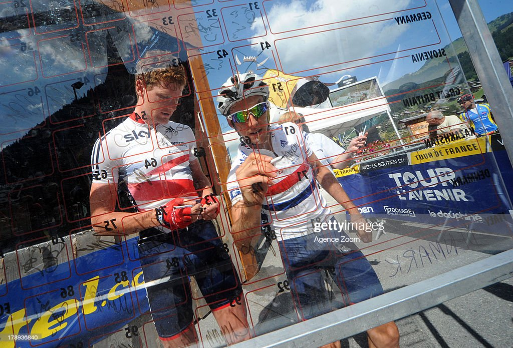 Adam Yates, <a gi-track='captionPersonalityLinkClicked' href=/galleries/search?phrase=Simon+Yates+-+Ciclista&family=editorial&specificpeople=13316516 ng-click='$event.stopPropagation()'>Simon Yates</a> of Team Great Britain during Stage Seven of the Tour de l'Avenir on August 31, 2013 from Chatel to Plateau des Glieres, France.