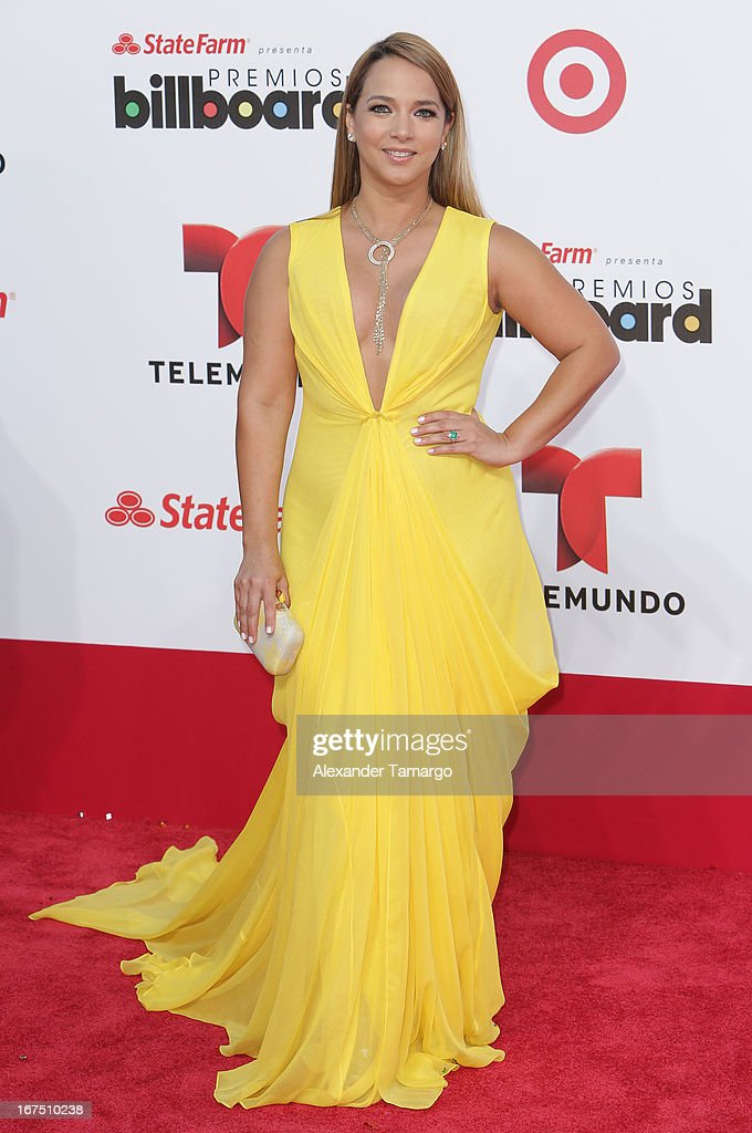 Adamari Lopez arrives at Billboard Latin Music Awards 2013 at Bank United Center on April 25, 2013 in Miami, Florida.