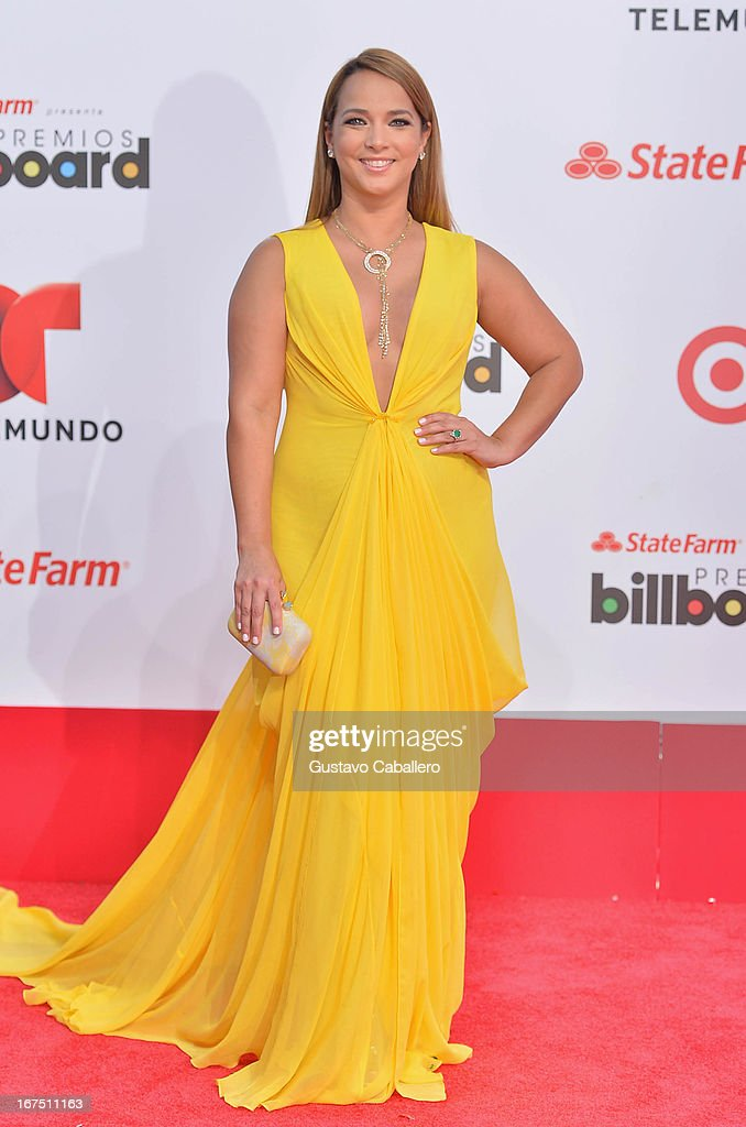 Adamari Lopez arrives at Billboard Latin Music Awards 2013 at Bank United Center on April 25, 2013 in Miami, Florida.