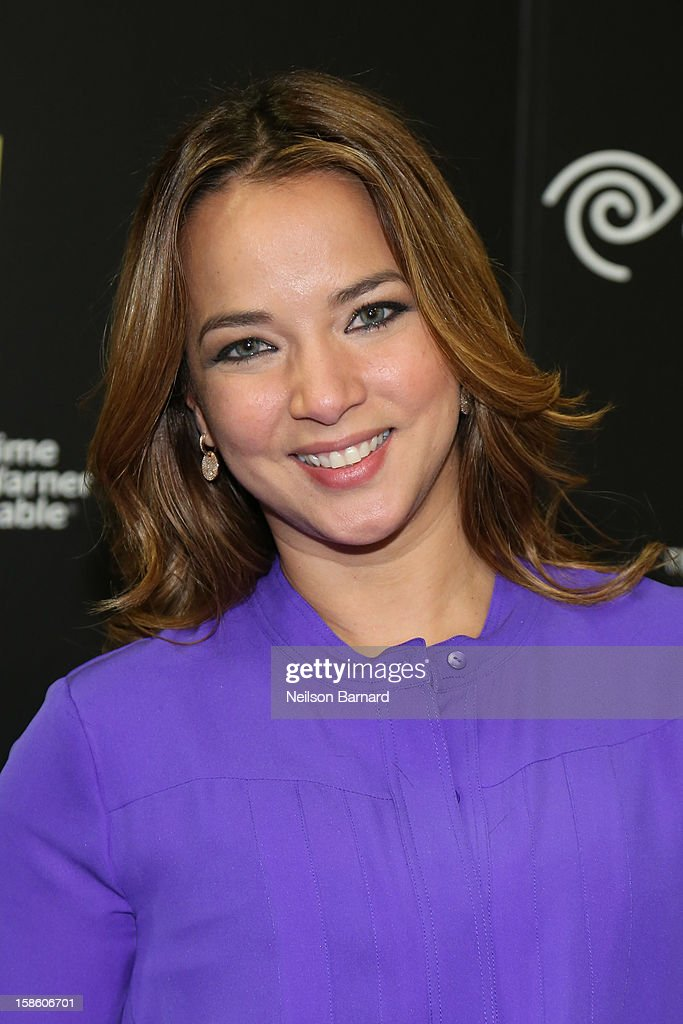 Adamari Lopez greets fans at the Time Warner Cable meet and greet at Best Buy Union Square on December 20, 2012 in New York City.