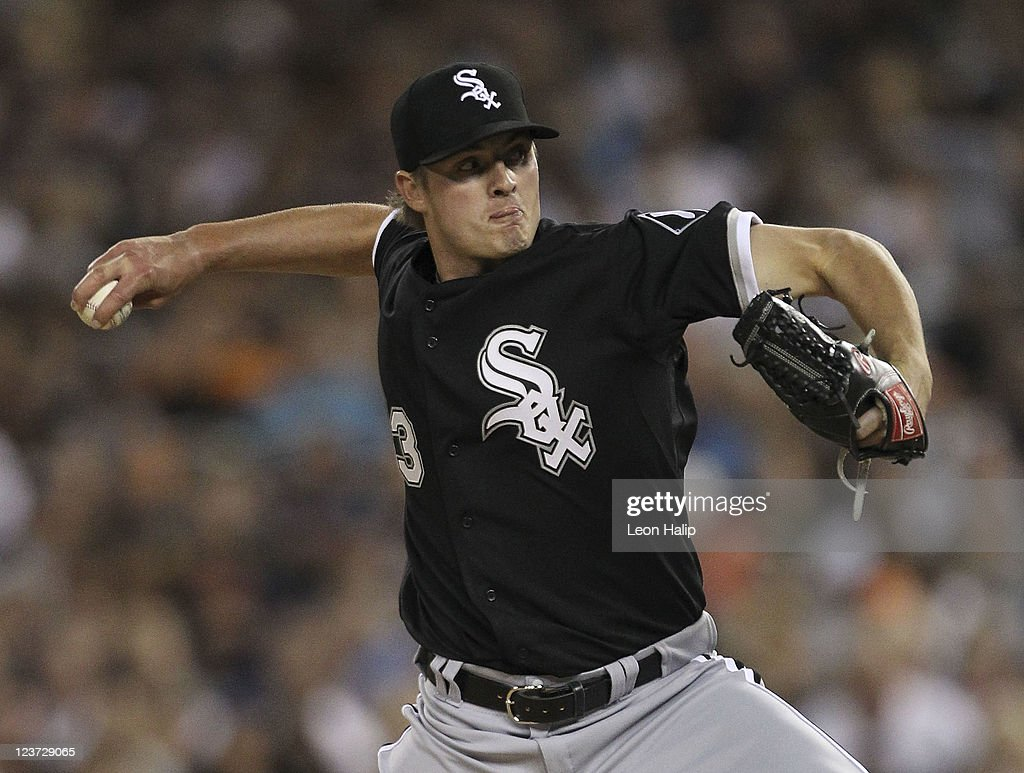 Addison Reed #43 of the Chicago White Sox pitches in the fourth inning during the game against the Detroit Tigers at Comerica Park on September 4, 2011 in Detroit, Michigan.