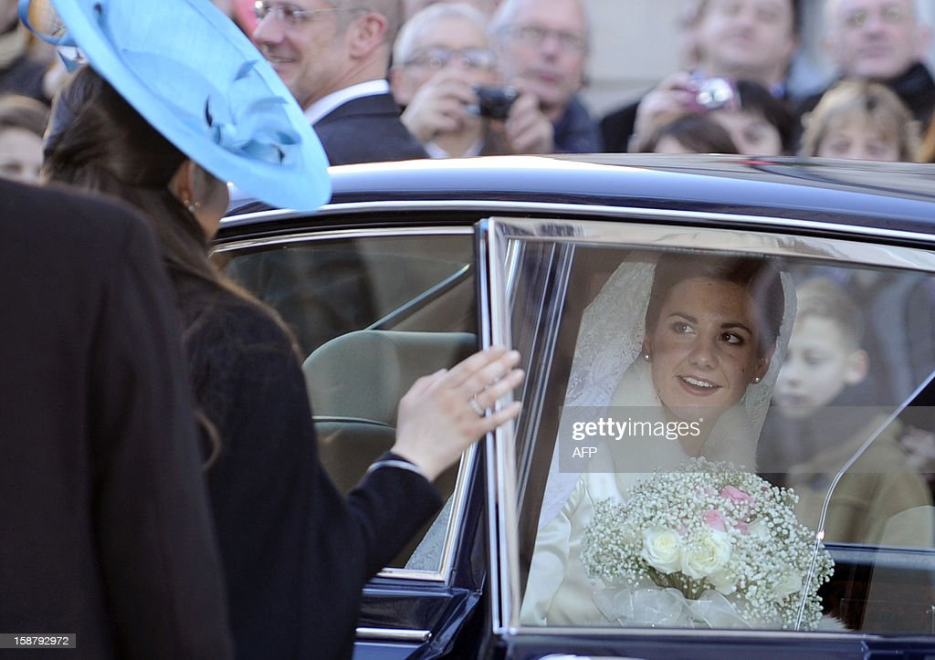 Adelaide Drape-Frisch arrives by car in front of the Saint Epvre Basilica before her wedding with Archduke of Austria Christoph of Habsbourg, on December 29, 2012 in Nancy.
