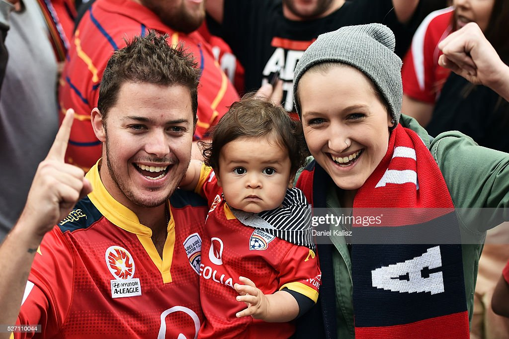 Adelaide United fans show their support during the Adelaide United A-League Grand Final at Rundle Mall on May 2, 2016 in Adelaide, Australia.