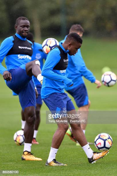 Ademola Lookman and Oumar Niasse during the Everton training session at USM Finch Farm on September 21 2017 in Halewood England