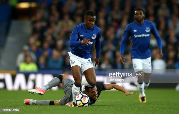 Ademola Lookman of Everton competes with Hysen Memolla of Hajduk Split during the UEFA Europa League Qualifying PlayOffs round first leg match...