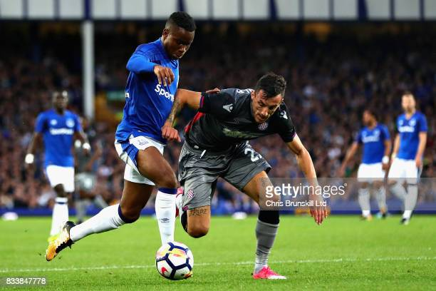 Ademola Lookman of Everton dribbles past Hysen Memolla of Hajduk Split during the UEFA Europa League Qualifying PlayOffs round first leg match...