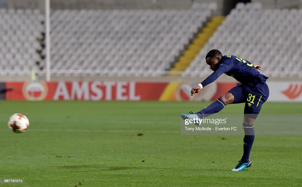 Ademola Lookman shoots to score his second goal during the UEFA Europa League Group E match between Apollon Limassol and Everton at GSP Stadium on December 7, 2017 in Nicosia, Cyprus.