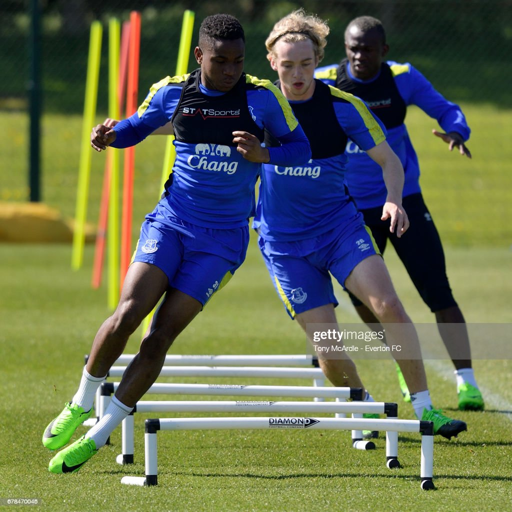 Ademola Lookman (L) Tom Davies (C) and Arouna Kone during the Everton FC training session at USM Finch Farm on May 4, 2017 in Halewood, England.