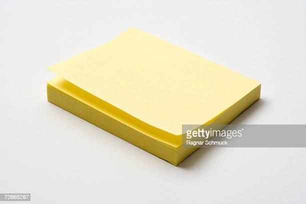 Adhesive note pad