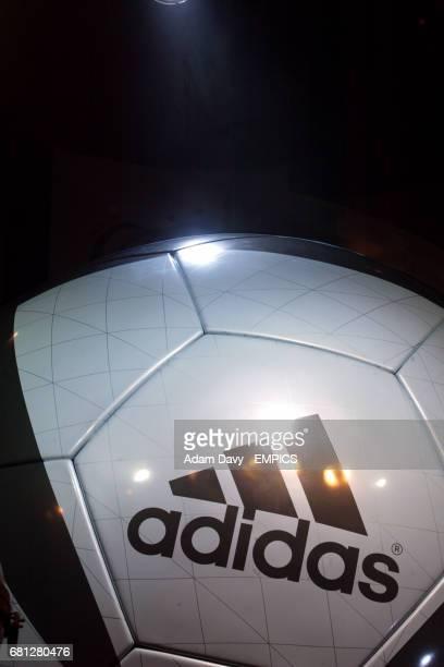 Adidas Roteiro official matchball for Euro 2004