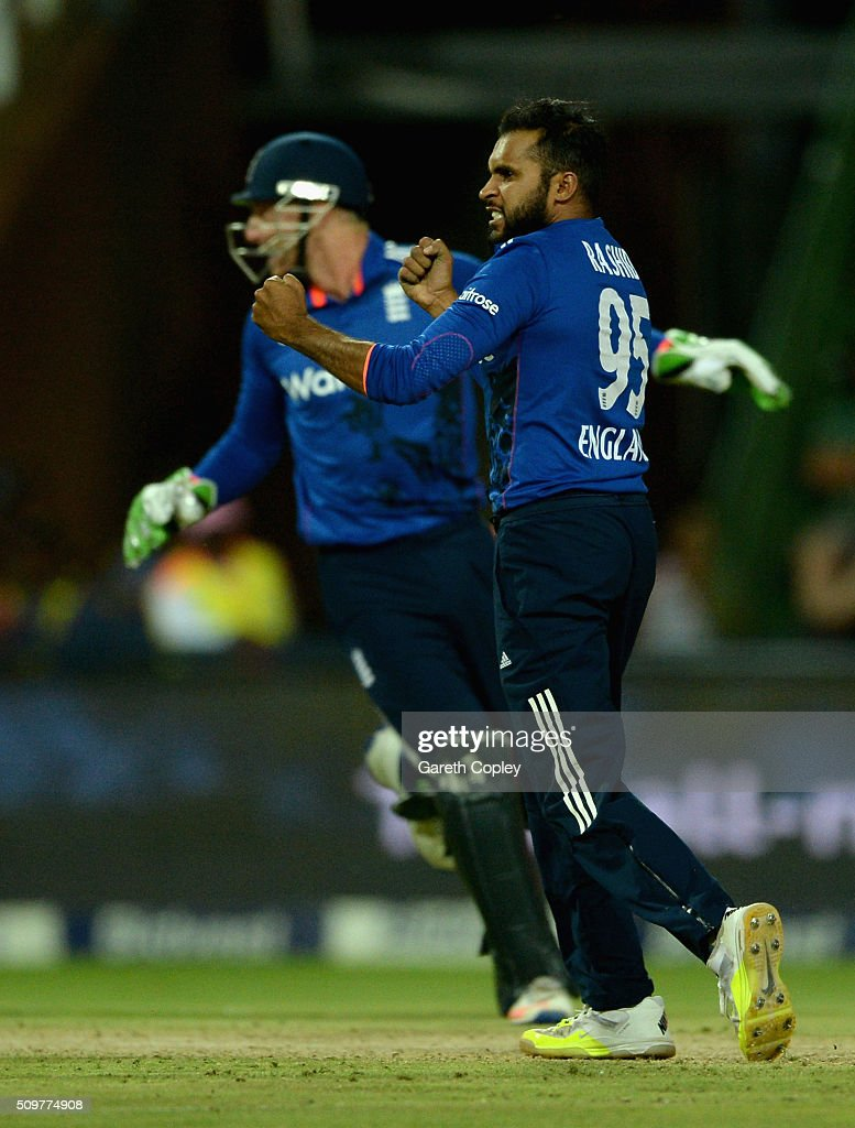 <a gi-track='captionPersonalityLinkClicked' href=/galleries/search?phrase=Adil+Rashid&family=editorial&specificpeople=870228 ng-click='$event.stopPropagation()'>Adil Rashid</a> of England celebrates dismissing JP Duminy of South Africa during the 4th Momentum ODI between South Africa and England at Bidvest Wanderers Stadium on February 12, 2016 in Johannesburg, South Africa.