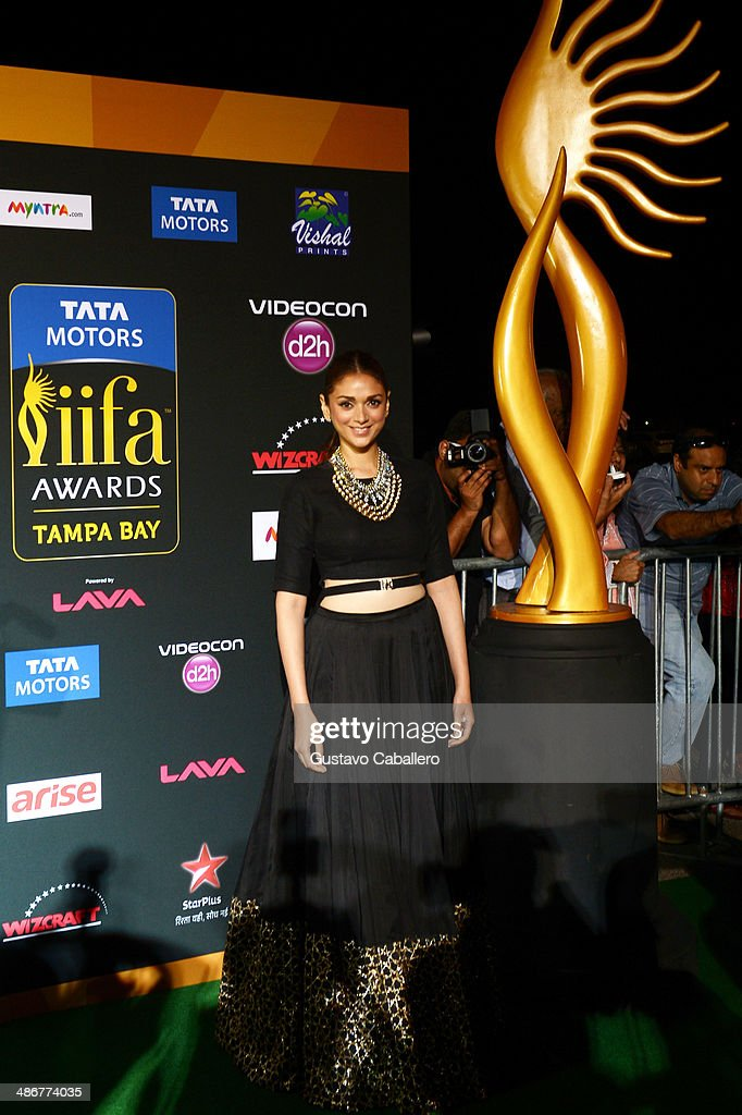 <a gi-track='captionPersonalityLinkClicked' href=/galleries/search?phrase=Aditi+Rao+Hydari&family=editorial&specificpeople=7435722 ng-click='$event.stopPropagation()'>Aditi Rao Hydari</a> arrives to the IIFA Magic of the Movies at MIDFLORIDA Credit Union Amphitheatre on April 25, 2014 in Tampa, Florida.