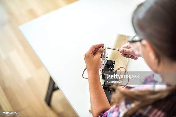 Adjusting the robot arm model