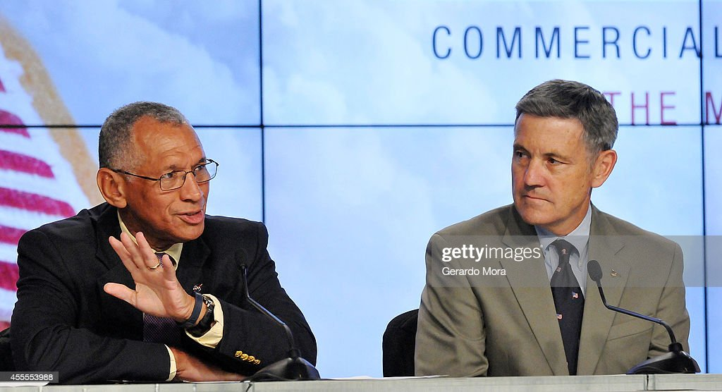 NASA administrator <a gi-track='captionPersonalityLinkClicked' href=/galleries/search?phrase=Charles+Bolden+-+Administrador+de+la+NASA&family=editorial&specificpeople=15164541 ng-click='$event.stopPropagation()'>Charles Bolden</a> (L) and Kennedy Space Center Director Bob Cabana attend a NASA press conference at the Kennedy Space Center on September 16, 2014 in Cape Canaveral, Florida. NASA announced the return of human spaceflight launches to the United States.