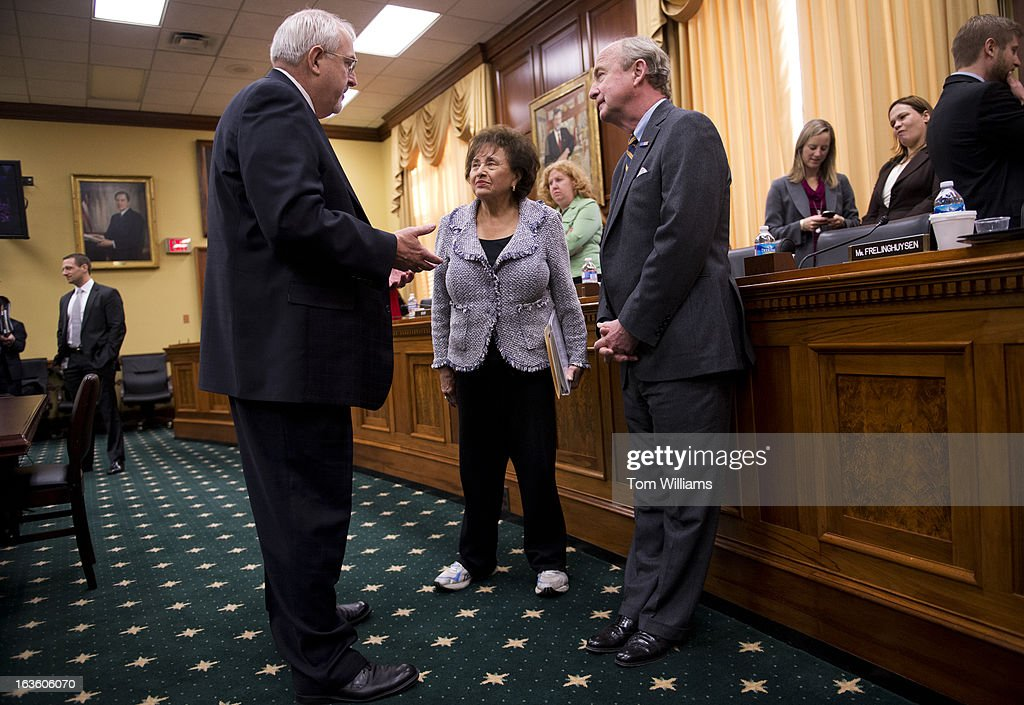 Administrator Craig Fugate, left, talks with Reps. Nita Lowey, D-N.Y., and Rodney Frelinghuysen, R-N.J., before a Homeland Security Subcommittee hearing in Rayburn entitled 'FEMA Hurricane Sandy Funding Oversight.'