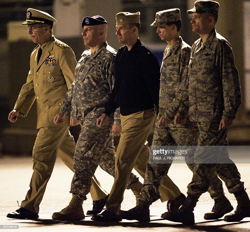 admiral mike mullen chairman of joint c pictures getty images admiral mike mullen chairman of joint chiefs of staff l brigadier general