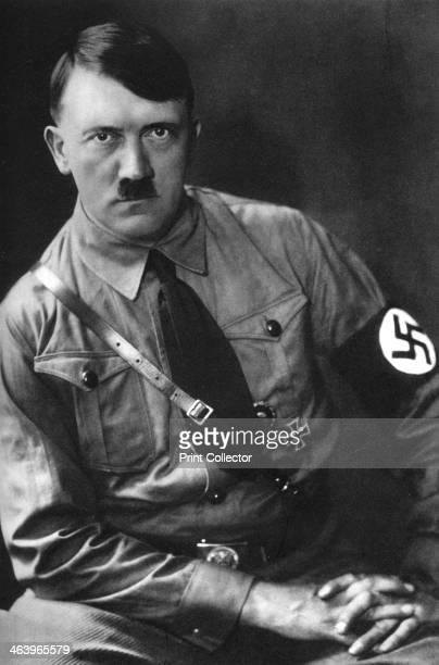 Adolf Hitler German dictator 1933 From Kampf Um's Dritte Reich cigarette card album