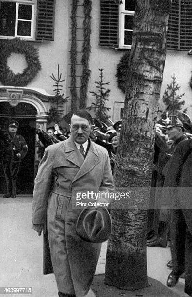 Adolf Hitler visiting the Schiller Haus in Weimar Germany 1934 Hitler visiting the museum dedicated to German author Friedrich Schiller A print from...
