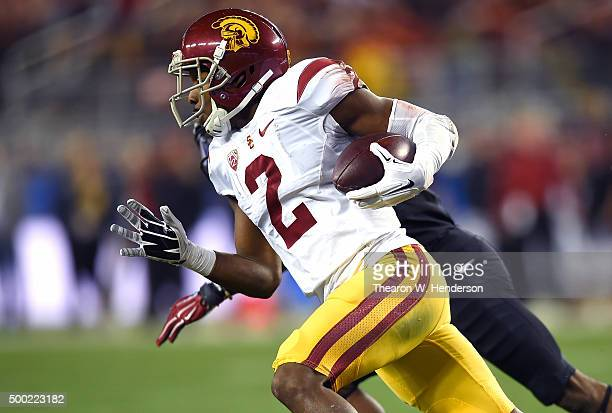 Adoree' Jackson of the USC Trojans returns a kickoff against the Stanford Cardinal during the first quarter of the NCAA Pac12 Championship game at...