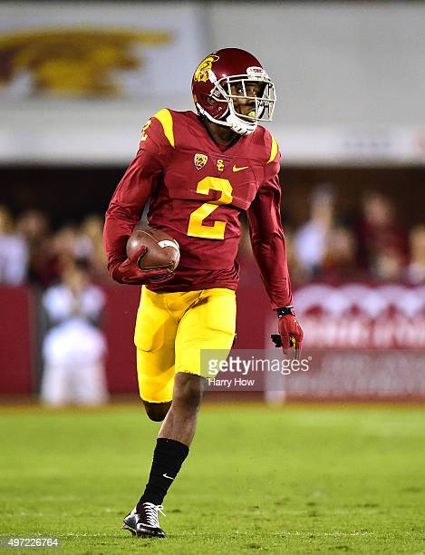 Adoree' Jackson of the USC Trojans runs after his catch against the Arizona Wildcats at Los Angeles Coliseum on November 7 2015 in Los Angeles...